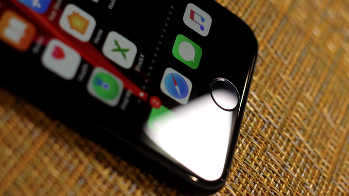 nút home vật lý đã quay trở lại trên iPhone SE 2020
