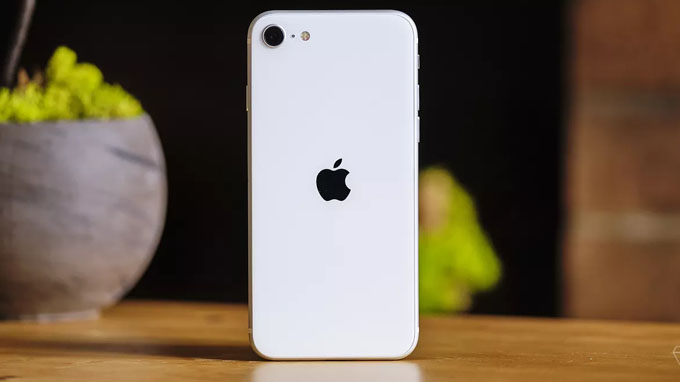 thiết kế iPhone SE 2020 mang đến sự sang trọng với tổng thể nhỏ gọn
