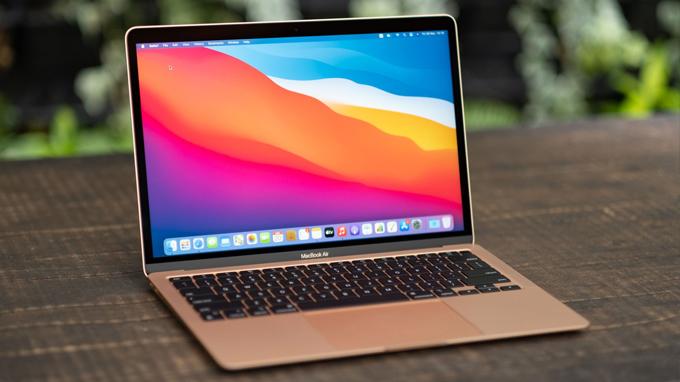 MacBook Air 2020 này hoạt động khá êm ái