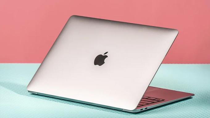 MacBook Pro M1 13 inch 2020 256GB còn được trang bị quạt tản nhiệt
