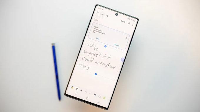 Bút S-Pen là một trong những nét đặc trưng nhất của dòng Galaxy Note 10+ 256GB