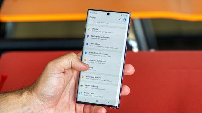 Cấu hình Galaxy Note 10 256GB tại thị trường Mỹ được cung cấp sức mạnh từ chip xử lý Snapdragon 865