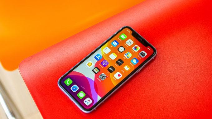 Cấu hình iPhone 11 64GB cũ giống với 2 model iPhone 11 Pro và iPhone 11 Pro Max