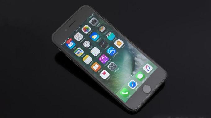 Cấu hình iPhone 7 32GB cũ được cung cấp sức mạnh từ chip A10 Fusion
