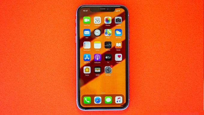 màn hình iPhone 11 64GB cũ vẫn được trang bị tấm nền IPS LCD với kích thước 6.1 inch