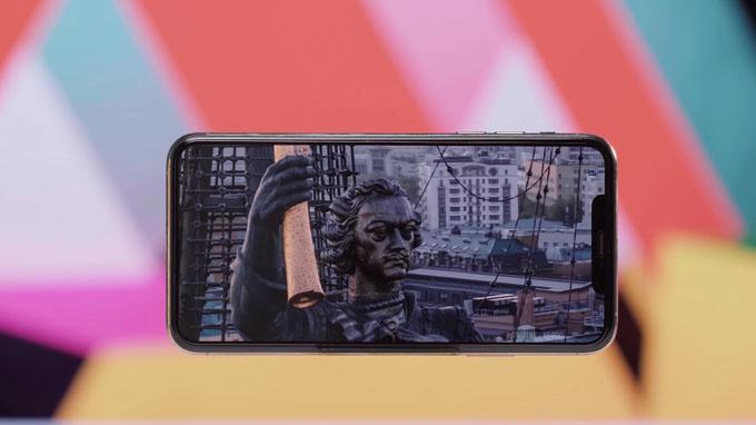 màn hình iPhone 11 Pro Max 256GB cũ còn được trang bị công nghệ Super Retina XDR