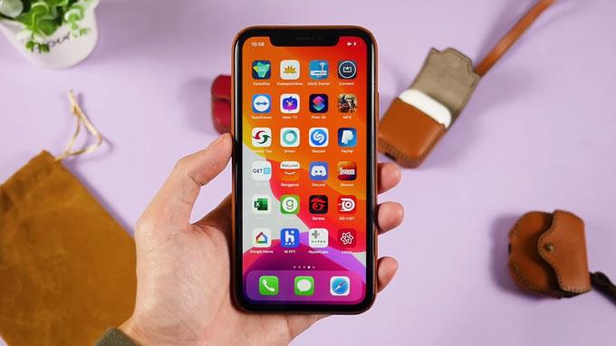 Màn hình iPhone Xr 64GB cũ được trang bị tấm nền IPS LCD với kích thước 6.1 inch