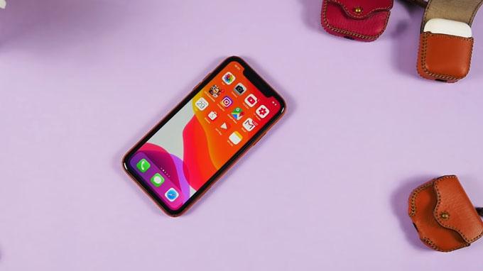 Thiết kế iPhone Xr được đánh giá cao, dễ dàng thao tác sử dụng