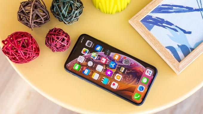 Màn hình iPhone Xs 64GB cũ có kích thước khá nhỏ gọn chỉ 5.8 inch