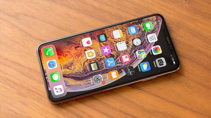 màn hình iPhone Xs Max 64GB cũ có kích thước cao nhất lên đến 6.5 inch