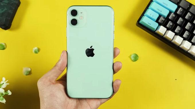 Thiết kế iPhone 11 128GB được hoàn thiện từ khung kim loại nguyên khối
