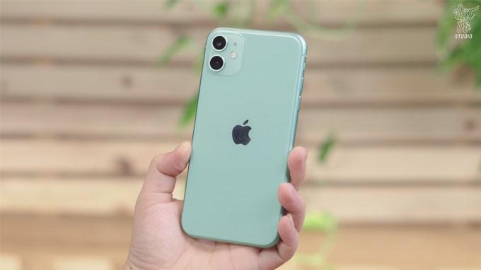 thiết kế iPhone 11 64GB giá rẻ nổi bật ở mặt lưng