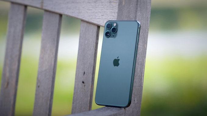 thiết kế iPhone 11 Pro 64GB cũ vẫn có nét đặc trưng so với các thế hệ iPhone trước