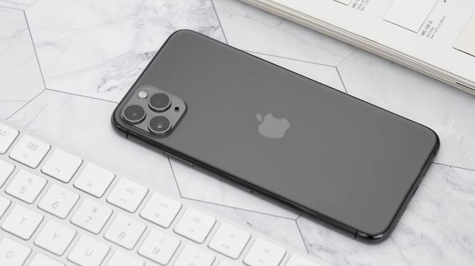 Thiết kế iPhone 11 Pro Max 512GB với cụm camera vuông độc đáo