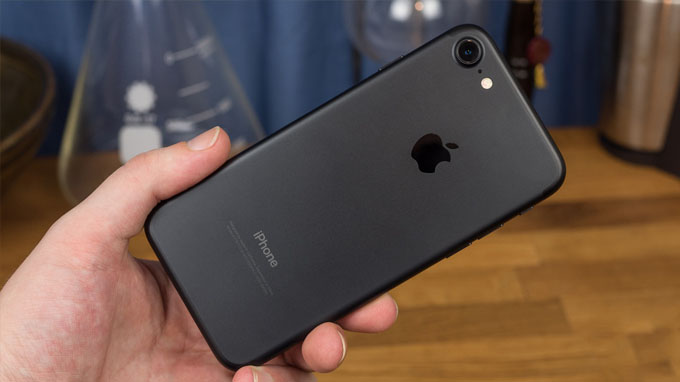 thiết kế iPhone 7 128GB cũ không nhiều đột phá so với iPhone 6