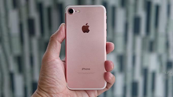 Thiết kế iPhone 7 32GB cũ nhìn chung khá giống với các model iPhone 6 trước đó