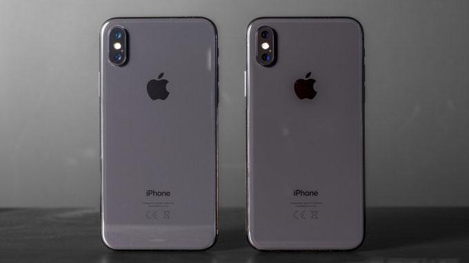 thiết kế iPhone Xs 64GB cũng vẫn được hoàn thiện từ khung thép không gỉ kết hợp với mặt kính bóng bẩy