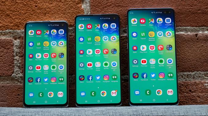 cả ba điện thoại này đều tích hợp màn hình 120Hz