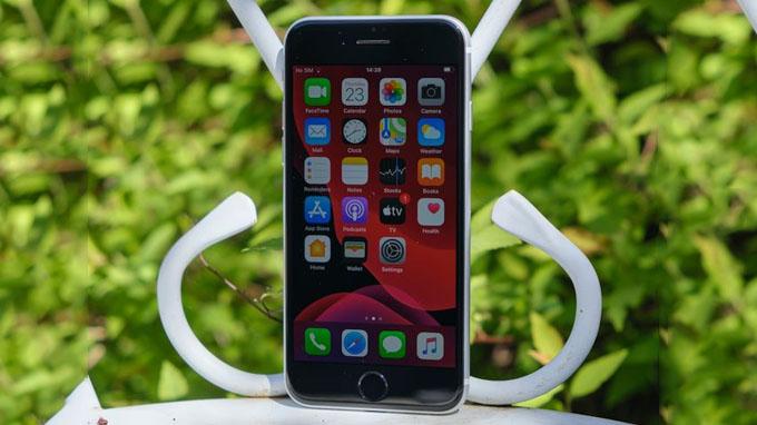 Màn hình iPhone SE 2020 256GB có kích thước 4.7 inch