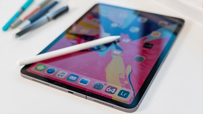 Apple Pencil trên iPad Pro 2018 hỗ trợ tối đa nhu cầu sử dụng của người dùng