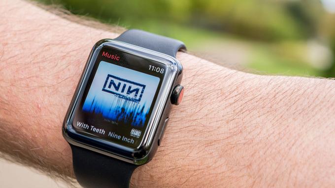 Dung lượng pin có thể đáp ứng thời gian sử dụng liên tục trong 1-2 ngày
