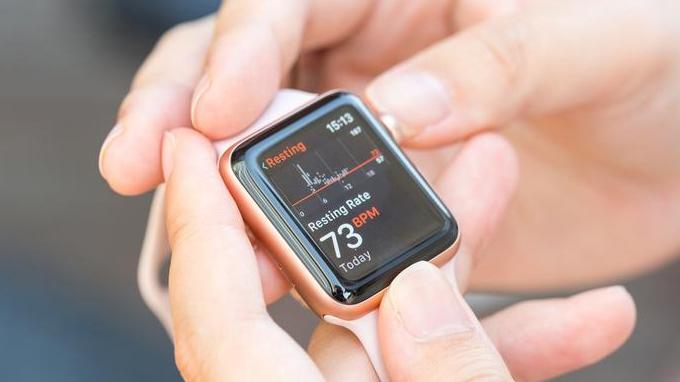 Khả năng theo dõi sức khỏe trên Apple Watch được đánh giá cao
