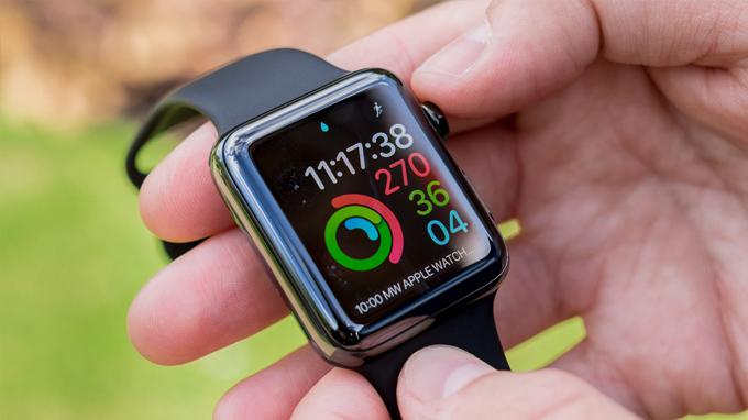 Thiết kế Apple Watch Series 3 42mm cũ vẫn giữ nét truyền thống như các thiết bị cũ