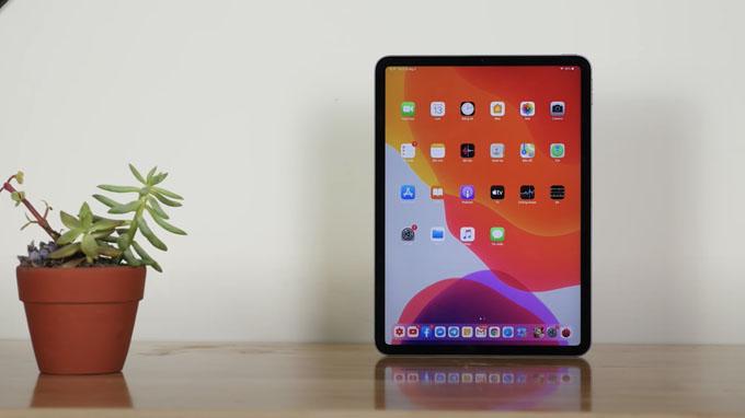 màn hình 11 inch thì mua iPad Pro 2020 128GB wifi mang đến chất lượng hiển thị xuất sắc