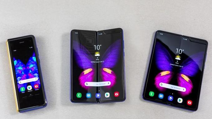 Điện thoại màn gập này được trang bị màn hình kích thước 7.3 inch