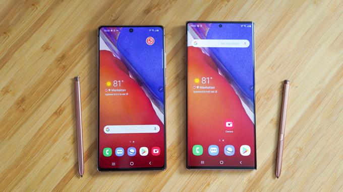 Màn hình điện thoại Samsung Galaxy Note 20 và Galaxy Note 20 Ultra đều được áp dụng thiết kế nốt ruồi độc đáo