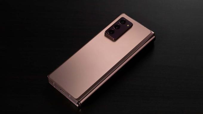 Thiết kế Galaxy Z Fold 2 512GB bản Mỹ được đánh giá, mang đến sự nam tính và mạnh mẽ