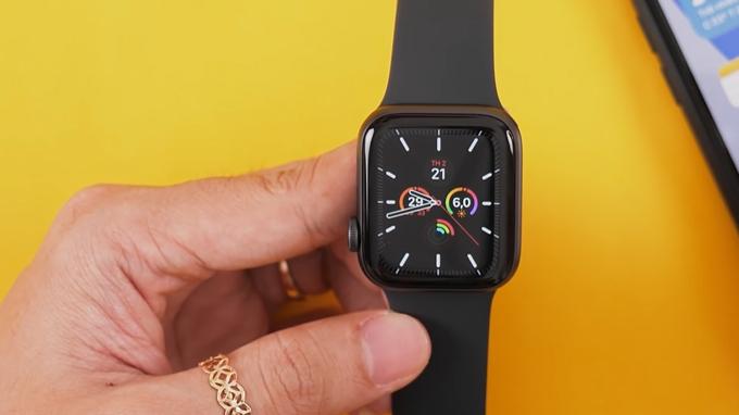 mua Apple Wacth SE 40mm GPS bạn còn được trải nghiệm các bài luyện tập bổ ích