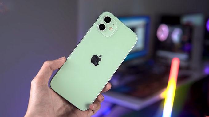 Thiết kế trên iPhone 12 128GB cũ được đánh giá cao về tính thẩm mỹ