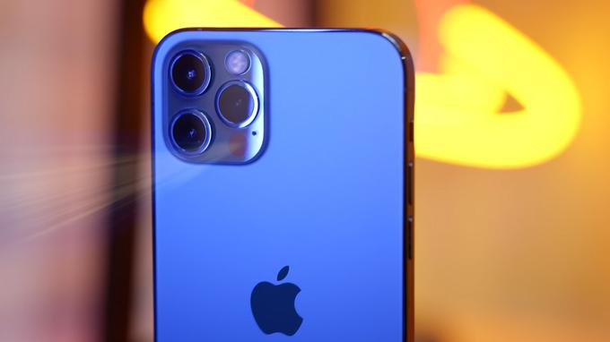 Thiết lập camera iPhone 12 Pro 512GB cũ được trang bị hệ thống 3 ống kính