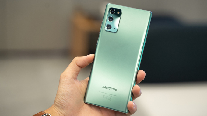 thiết kế Galaxy Note 20 5G cũ mới mẻ