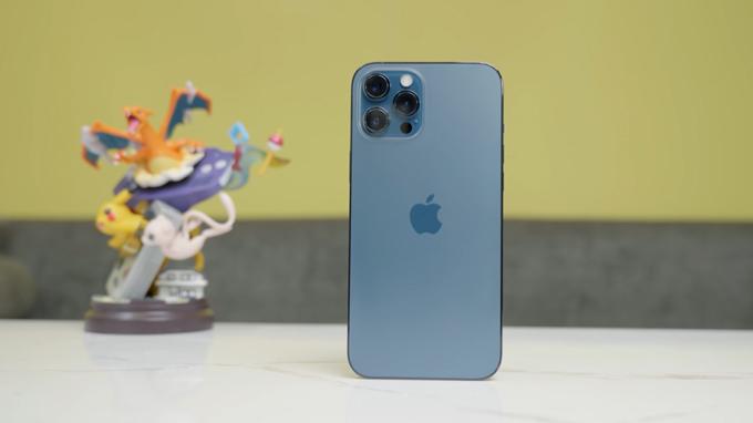 Thiết kế iPhone 12 Pro Max 512GB cũ cực kì cuốn hút