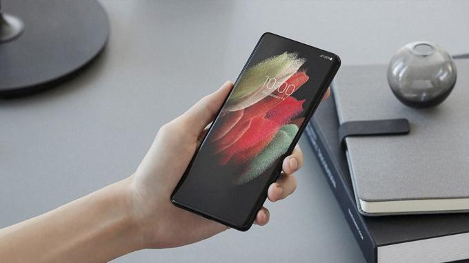 Màn hình Galaxy S21 Ultra 5G bản Mỹ có kích thước 6.8 inch