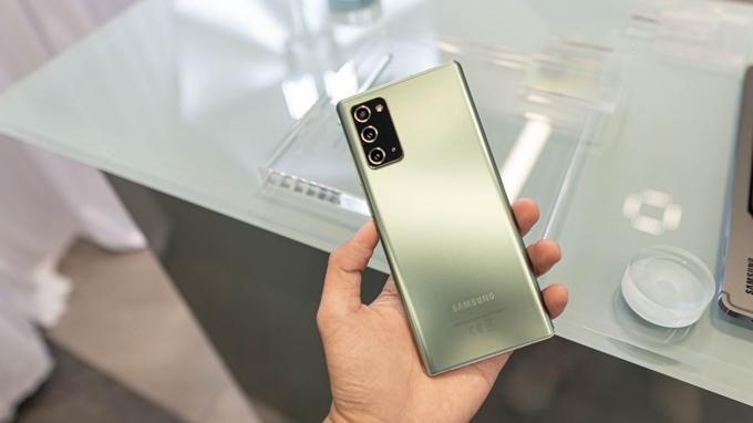 thiết kế Galaxy Note 20 5G Mỹ mang đến sự sang trọng và đẳng cấp