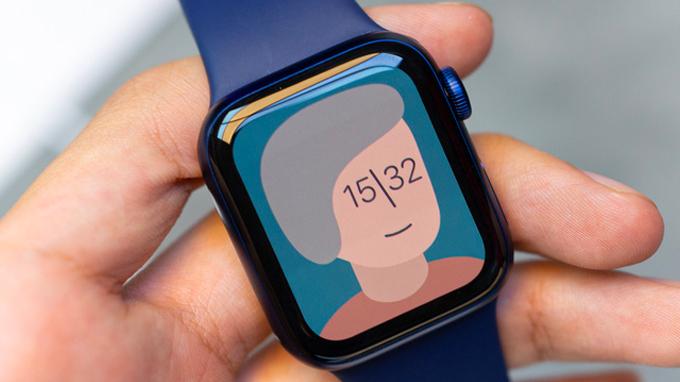 Màn hình Apple Watch series 6 hiển thị tốt, thiết kế từ nhôm tái chế 100%