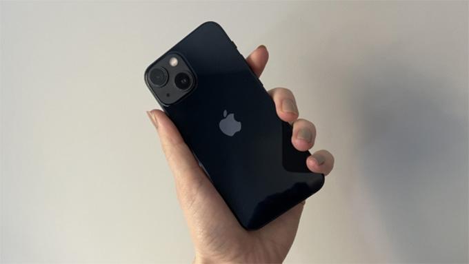 hiệu năng iPhone 13 mini tốt hơn khá nhiều