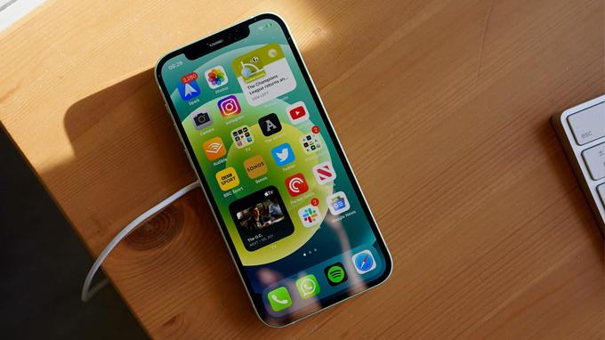 Cấu hình iPhone 12 64GB cũ được tích hợp chip xử lý A14 Bionic